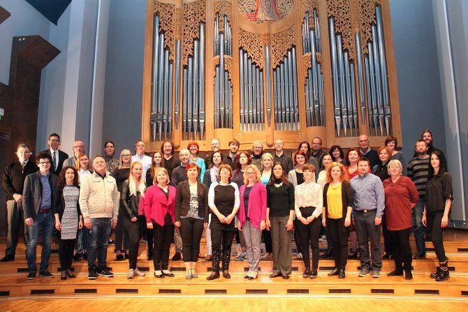 Učiteljski zbor umetniške gimnazije za strokovni del - glasba, šolsko leto 2018/2019