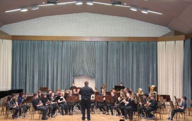 Mlajši pihalni orkester Glasbene šole Velenje