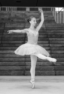 Vodja baletnega oddelka Maja Verčko.