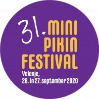 Nastop tolkalcev in trobilcev v Pikini povorki ob začetku Mini Pikinega festivala