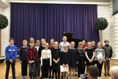 Javni nastop učencev 3. razreda aktiva za klavir