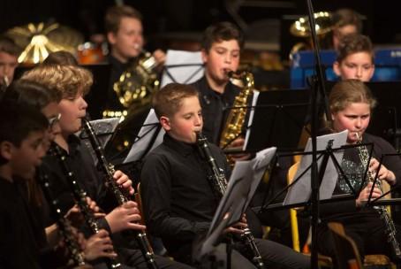 Mlajši pihalni orkester Glasbene šole Velenje na 7. reviji pihalnih orkestrov glasbenih šol Slovenije v Šentjurju (foto: Robert Gajšek)