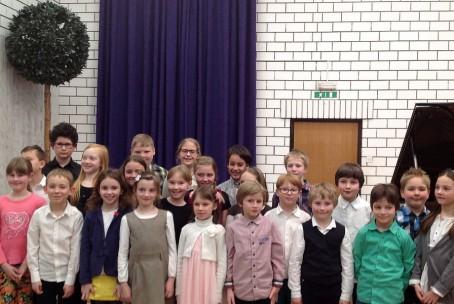 Javni nastop mladih pianistov 2. razreda klavirja Glasbene šole Velenje, 16. 3. 2015