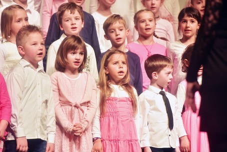Pozdrav pomladi, revija pevskih zborov, foto: Ksenija Mikor