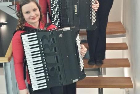 Nastop dijakinj harmonike GŠ Velenje - trio Amabile - Bukovica, 5. 3. 2015