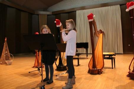 Božični nastop flavte in harfe