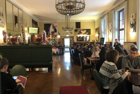 Ekskurzija dijakov Umetniške gimnazije Velenje (smer glasba) v Celovec