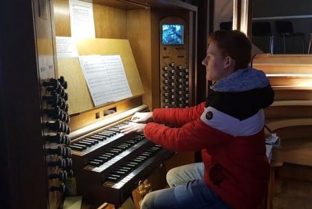 Nastop naših orglavcev na maši za diplomate v frančiškanski cerkvi v Ljubljani