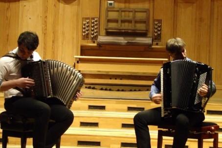 Melodija za tebe, zaključni recital Erik Glinšek - diatonična harmonika