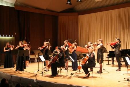 Praznični koncert godalcev Glasbene šole Velenje z gosti
