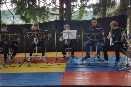 Nastop harmonikarjev Glasbene šole Velenje - Pikin festival