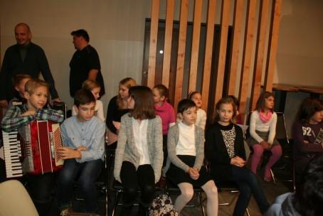 Javni nastop učencev v Šmartnem ob Paki, 9. 12. 2015