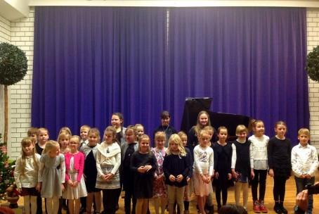 Javni nastop učencev 1. razreda klavirja Glasbene šole Velenje