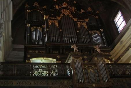 Koncertna maša za diplomate v Frančiškanski cerkvi pri Tromostovju v Ljubljani