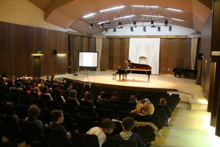 Nace Slak - klavir, koncert iz cikla Pianissimo