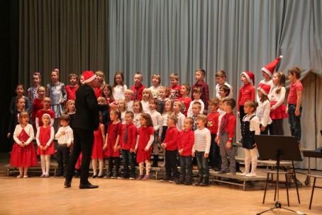 Božični-novoletni koncert najmlajših učencev Glasbene šole Velenje