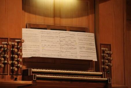 Orgelski koncert - Stina Strehar in Veronika Celarc