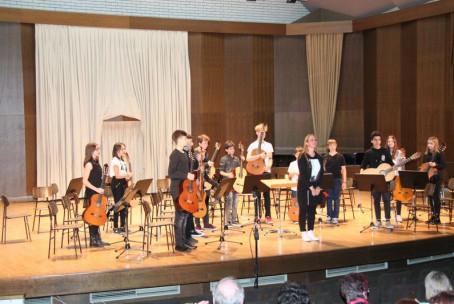 Koncert kitarskih orkestrov Konservatorija za glasbo in balet v Ljubljani in Glasbene šole Velenje
