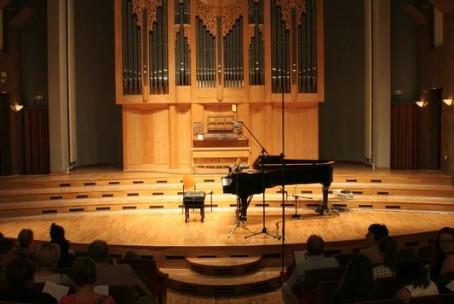 Zaključni koncert udeležencev 22. mednarodne poletne violinske šole prof. Igorja Ozima