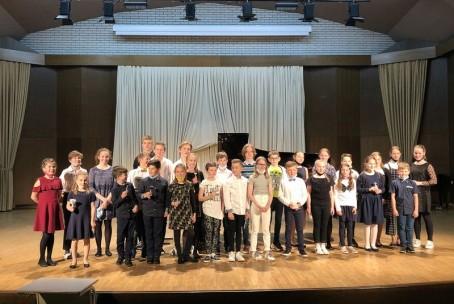Po belih in črnih tipkah, letni koncert učencev Klavirja Glasbene šole Velenje