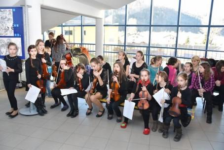 Proslava ob kulturnem dnevu OŠ Šoštanj - nastop učencev Glasbene šole Velenje