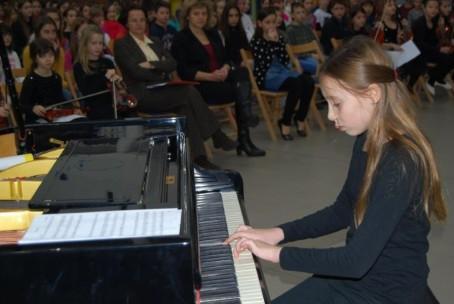 Koncert učencev oddelka Šoštanj v Osnovni šoli Šoštanj, 6. februar 2015, foto: Bogomira Klinc Vrčkovnik