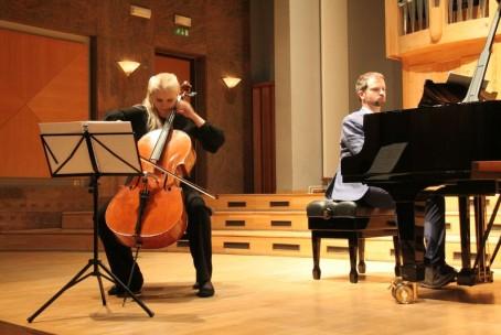 Tamara Gombač - violončelo in Miha Haas - Klavir, koncert