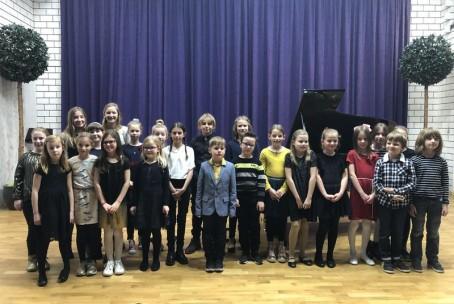 Tin Bin Valentin - nastop učencev 2. razreda klavirja Glasbene šole Velenje