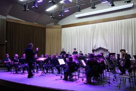 Tradicionalni tris, koncert pihalnih orkestrov Glasbene šole Velenje
