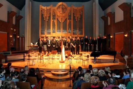 Koncert učiteljev Glasbene šole Fran Korun Koželjski Velenje ob Prešernovem dnevu