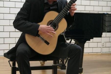 Koncert - Urban Meža, kitara - 28. maj 2015
