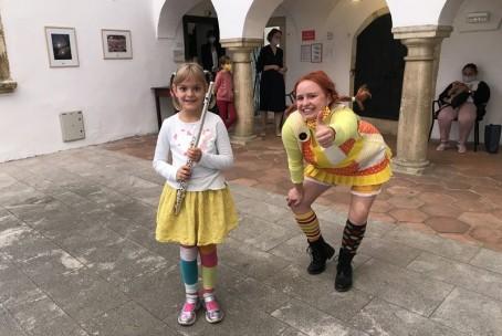 Glasbeni utrinki na Velenjskem gradu v okviru 31. Pikinega festivala - nastop učencev Glasbene šole Velenje