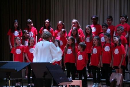 Letni koncert otroškega in mladinskega pevskega zbora Glasbene šole Velenje z gosti