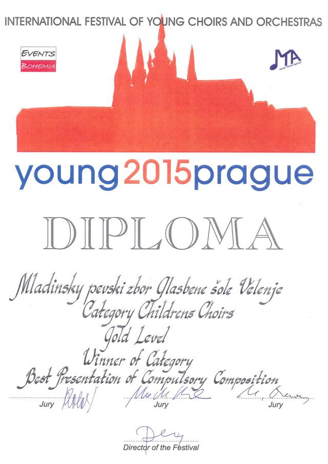 Mladinski pevski zbor zmagal v Pragi!