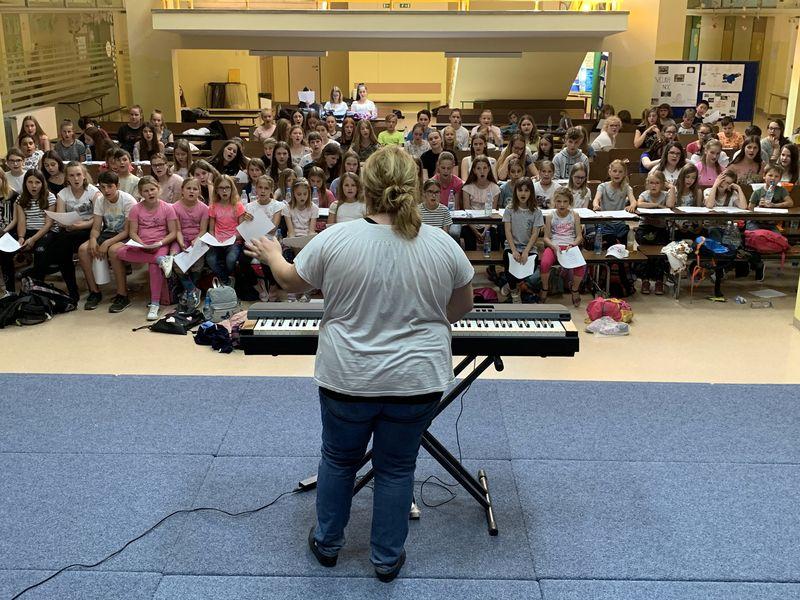 Otroški in mladinski pevski zbor na gostovanju v Slovenski Bistrici