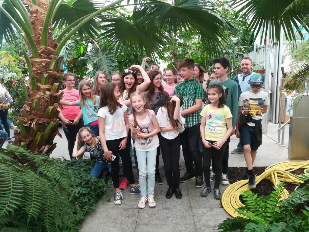 Mlajši godalni orkester v Lendavi