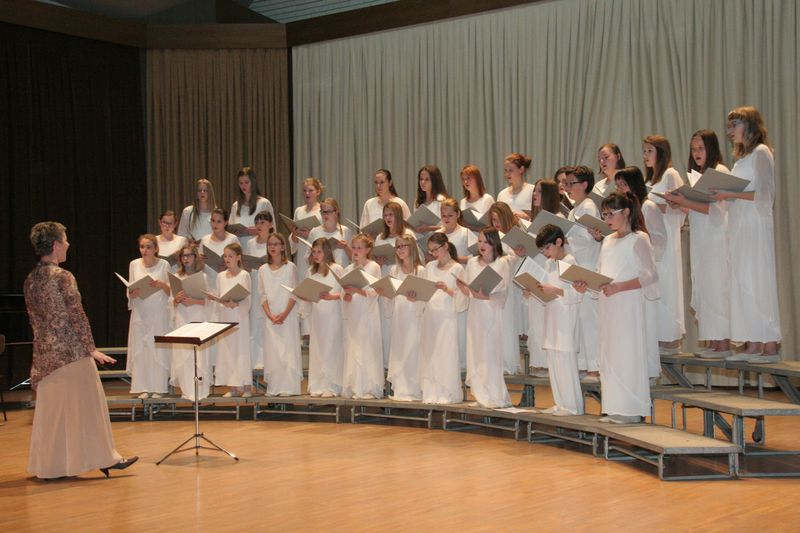 Mladinski pevski zbor Glasbene šole Velenje na pripravah