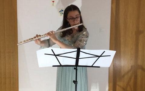 Nika Oder na 4. mednarodnem tekmovanju za mlade glasbenike