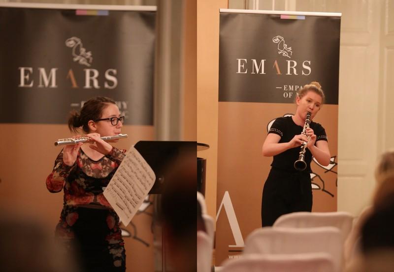 Naši dijakinji sta bili izbrani, da bosta igrali s Komornim godalnim orkestrom Slovenske filharmonije
