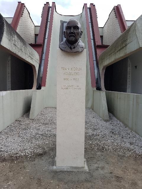 Fran Korun Koželjski - odkritje kipa