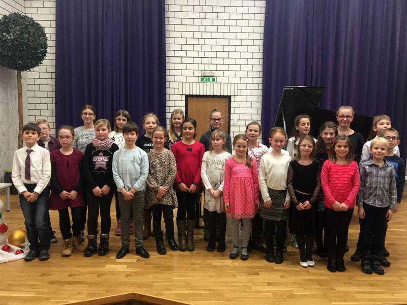 Javni nastop učencev 2. razreda klavirja Glasbene šole Velenje